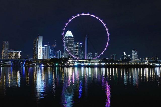 Ferris wheel in Singapore - Lumle holidays