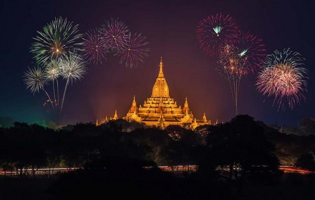 Fireworks in Bagan - Lumle holidays