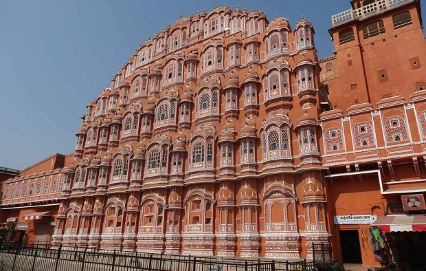 Hawa Mahal Jaipur - Lumle holidays