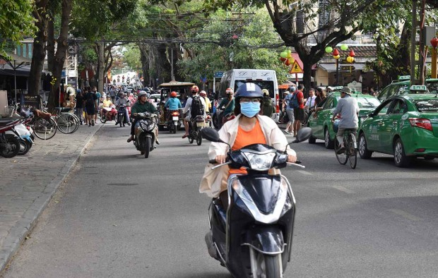 Hoi An Traffic - Lumle Holidays