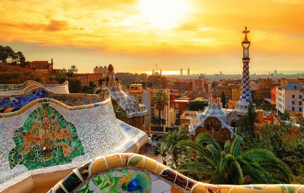 Park Guell in Barcelona - Lumle holidays