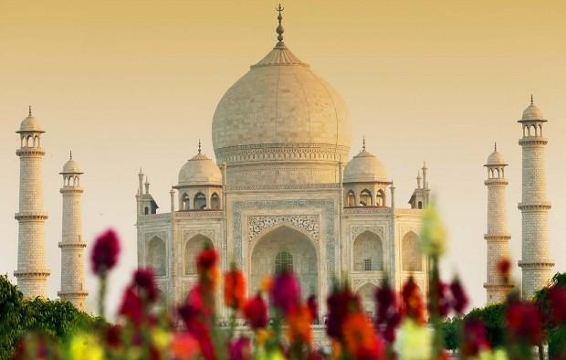 Taj Mahal - Lumle holidays