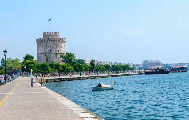 White Tower on the waterfront Greece - Lumle holidays